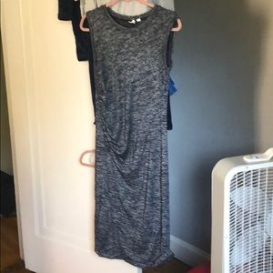 Sleeveless dress with side ruching